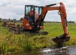 excavator-hitachi-zx38u