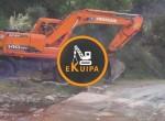 Excavator-2004-Doosan-522