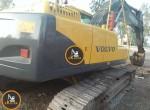 Excavator-Volvo-240-1077