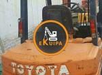 Forklift-Toyota-3-ton581