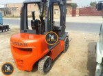 Nissan-3-ton-fork-lifter-755